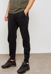 Spodnie Nike NSW Tech Fleece Pant (928507-011)