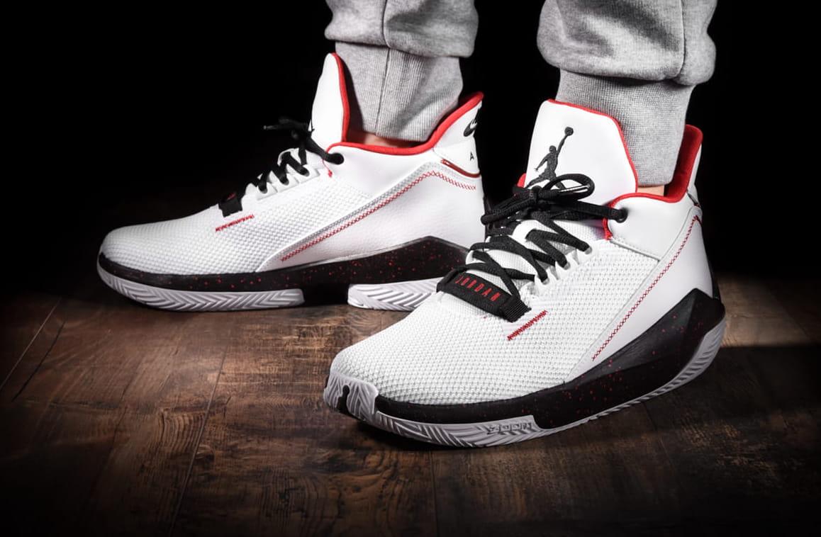 całkiem tania nowy koncept konkretna oferta Buty męskie Nike Air Jordan 2x3 białe (BQ8737 101)