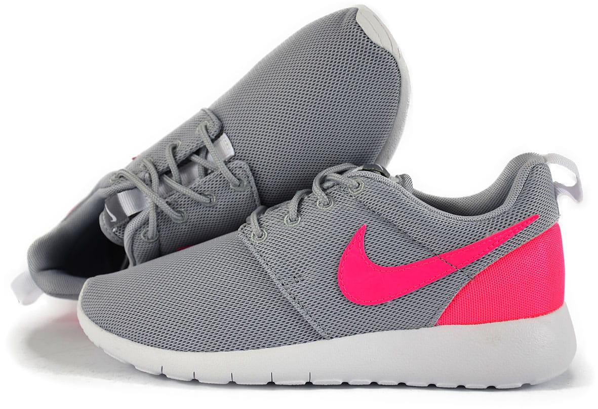 Buty Damskie Nike Roshe One (GS) (599729 012)